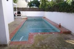 cubierta-de-lamas-en-superficie-para-piscina-06
