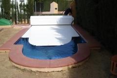 cubiertas-de-lamas-en-superficie-con-cajon-opcional-para-piscina-04