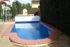 cubiertas-de-lamas-en-superficie-con-cajon-opcional-para-piscina-05